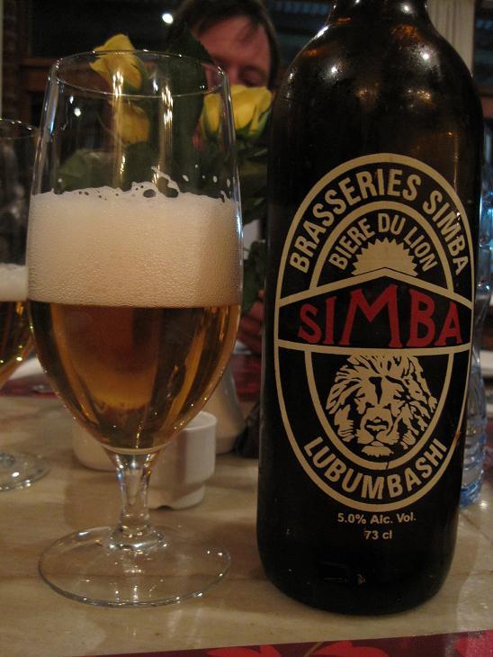 Παντού μ' ακολουθούν τ' αγαπημένα μου κινούμενα σχέδια... Ακόμη κι η δημοφιλέστερη μπύρα που παράγεται στο Lubumbashi ονομάζεται Simba!