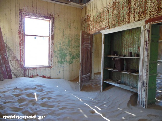 Once upon a time Kolmanskop and Lüderitz were Southern Africa's richest cities. Now everything cries abandonment...