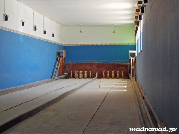 The diamond miners could even enjoy bowling while living at the settlement of Kolmanskop...