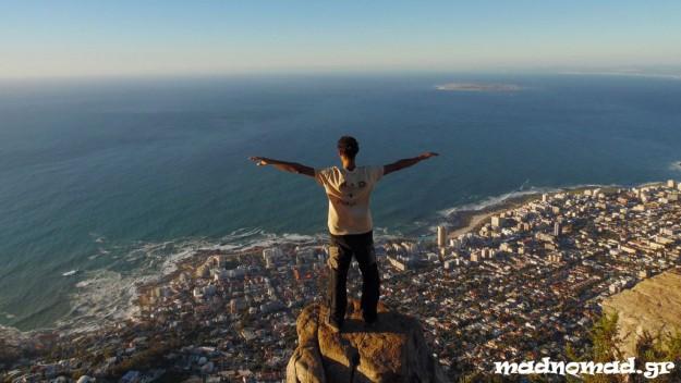 Απολαμβάνοντας το φρέσκο αέρα του Ατλαντικού Ωκεανού πάνω από το Cape Town! (Φωτογραφία: Cátia Castro)