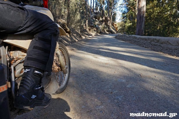 On my way to Montagu Pass with my brand new boots from Motomax. I really like them!