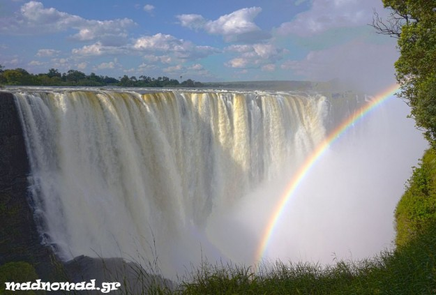I had seen the Victoria Falls almost 6 months ago but it was this time that the natural beauty really mesmerized me...